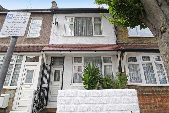 Thumbnail Terraced house for sale in Glenavon Road, London, London