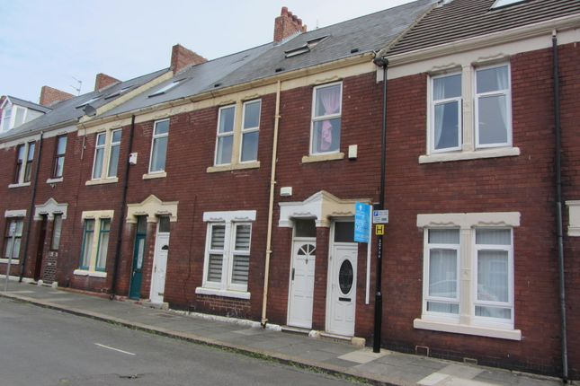 Thumbnail Maisonette to rent in Coach Road, Wallsend