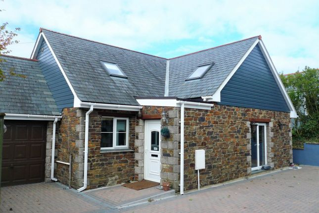 Thumbnail Bungalow for sale in Raymond Road, Redruth