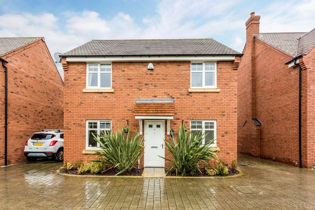 4 bed detached house to rent in Poppy Close, Stratford-Upon-Avon