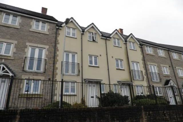 Thumbnail Property to rent in Waters Edge, Frome, Somerset