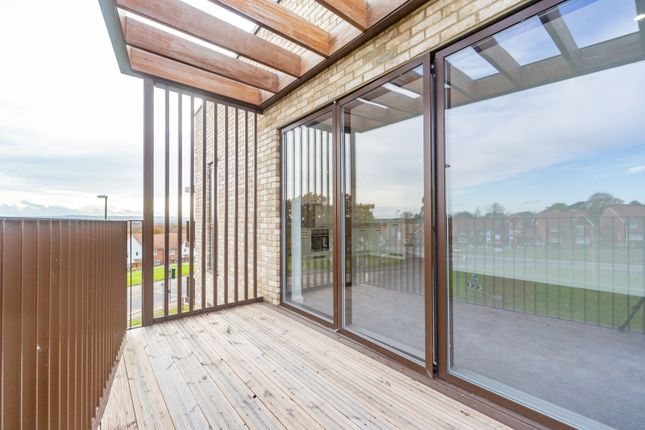 Thumbnail Flat for sale in Kilnwood, Rocky Lane, Haywards Heath