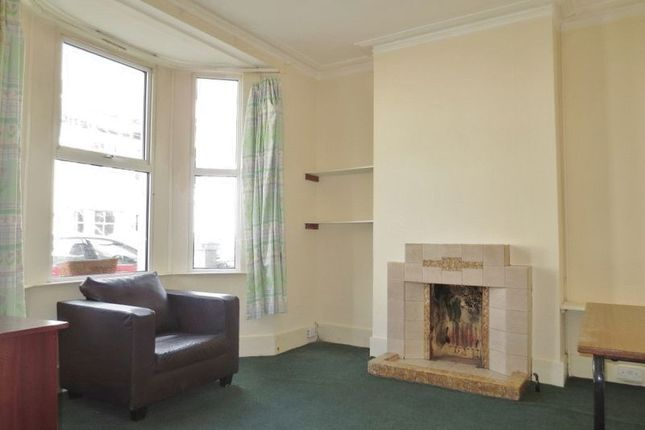 Thumbnail Property to rent in Stanley Road, Brighton