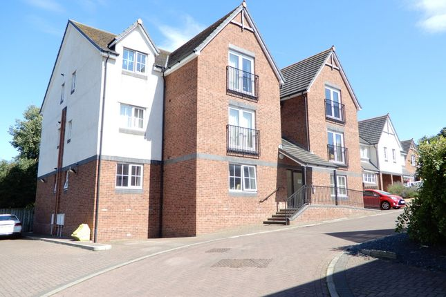 Thumbnail Flat for sale in Hillcrest Close, Carlisle