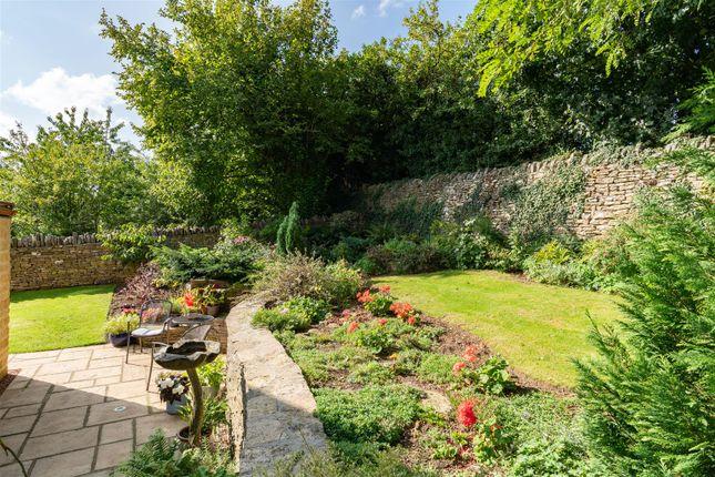 Garden of Orchard Rise, Longborough, Gloucestershire GL56