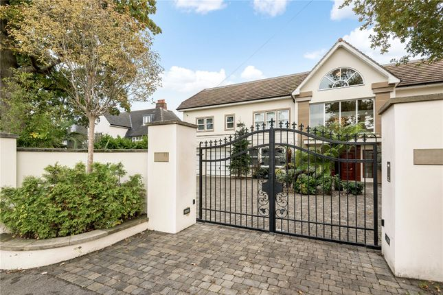 Thumbnail Detached house for sale in Beech Hill, Hadley Wood, Hertfordshire