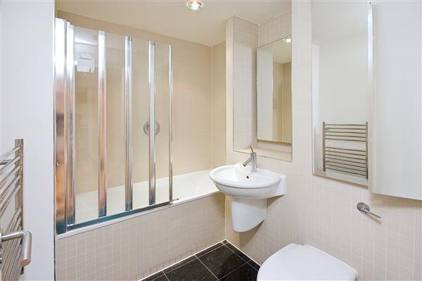 Bathroom of Burwood Place, London W2