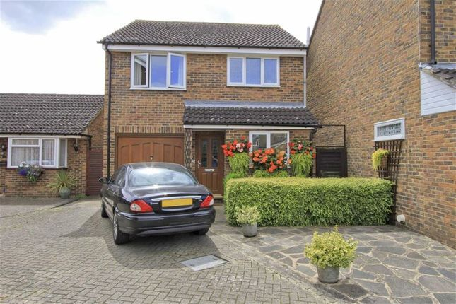 Thumbnail Detached house for sale in Frays Close, West Drayton, Middlesex