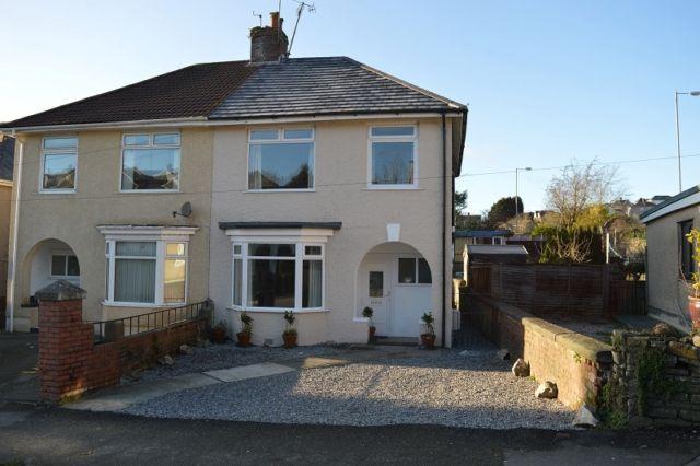 Thumbnail Semi-detached house to rent in Vivian Road, Sketty, Swansea