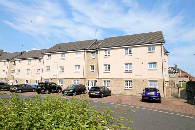 3 bed flat to rent in Pilmuir Place, Dunfermline KY12
