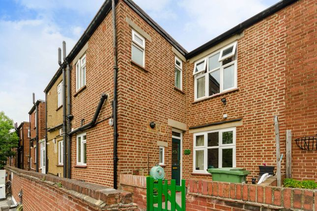 Thumbnail Maisonette for sale in Stoneleigh Broadway, Stoneleigh