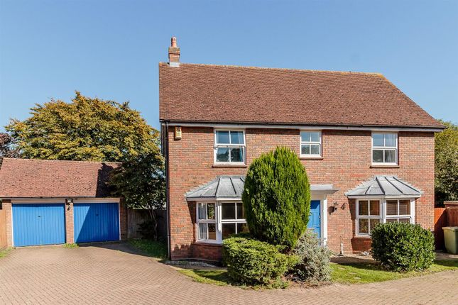 Thumbnail Detached house for sale in Ingrave Road, Brentwood
