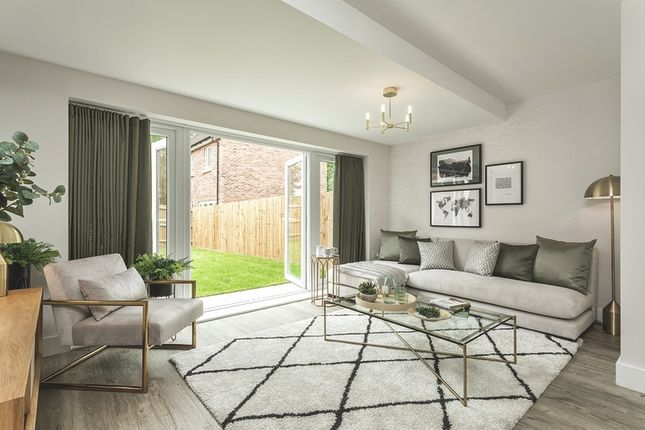 Thumbnail Terraced house for sale in Broadwater Gardens, Orpington