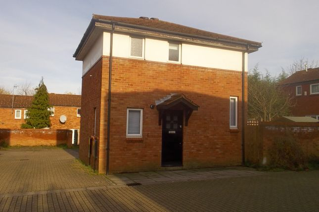 2 bed detached house to rent in Kepwick, Two Mile Ash, Milton Keynegs