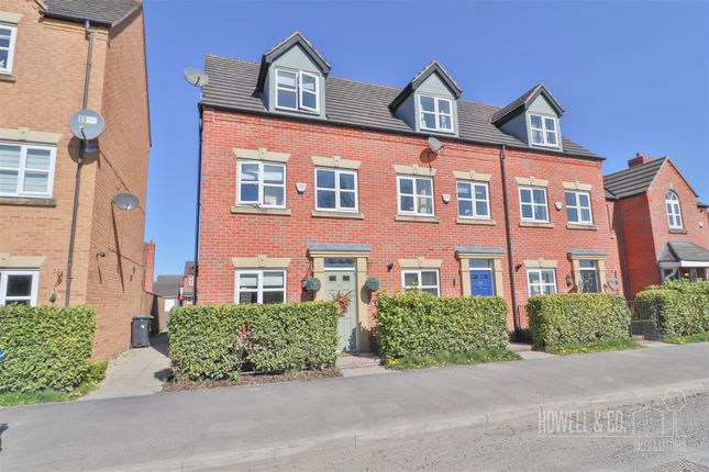 3 bed town house for sale in Thelwall Lane, Latchford, Warrington WA4