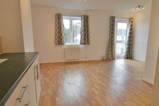 Thumbnail Flat to rent in Park Parade, South Road, Haywards Heath
