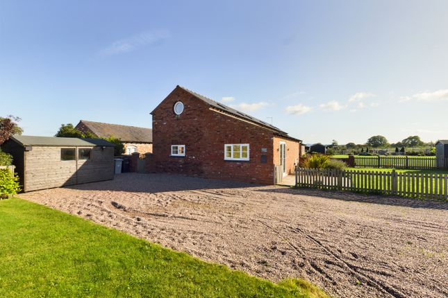 Thumbnail Semi-detached house to rent in Swettenham Road, Swettenham, Cheshire