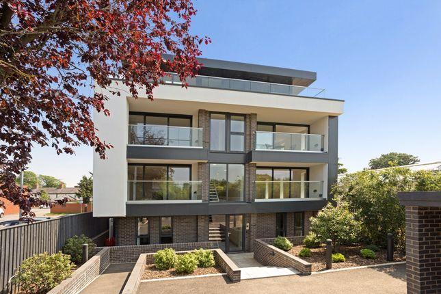 3 bed flat to rent in Swans Nest Lane, Stratford-Upon-Avon CV37
