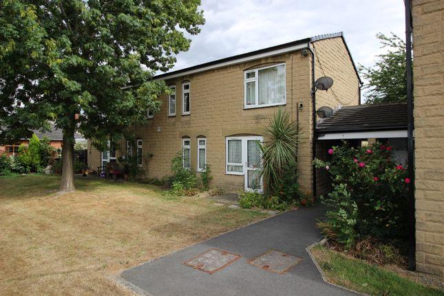 Thumbnail Flat to rent in Queen Street, Ravensthorpe, Dewsbury