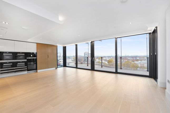 Thumbnail Flat to rent in Merano Residence, Albert Embankment SE1, London,