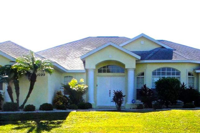 Superb Home of Rotonda Circle, Rotonda West, Port Charlotte County, Florida, United States