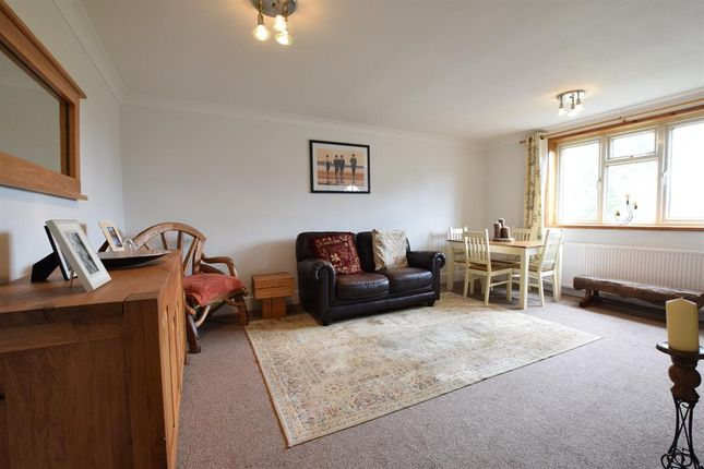 Thumbnail Flat for sale in Beechway, Scunthorpe