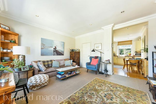 Thumbnail Maisonette to rent in Ifield Road, London