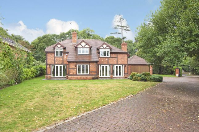 Thumbnail Detached house to rent in Lovel Road, Winkfield, Windsor