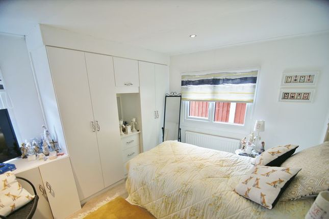 Bedroom of Lynwood Park, Preston PR4