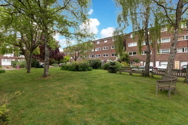 Thumbnail Terraced house for sale in Capstan Square, London