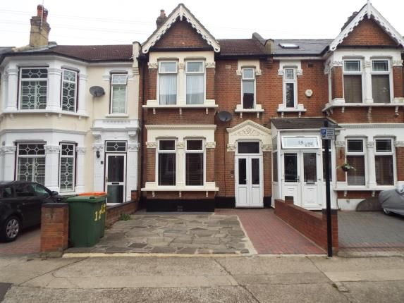3 bed property for sale in Chester Road, London