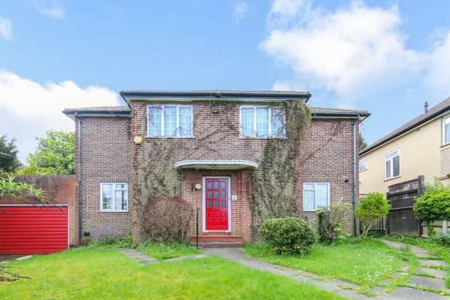 Thumbnail Detached house to rent in Mitchley Avenue, Purley