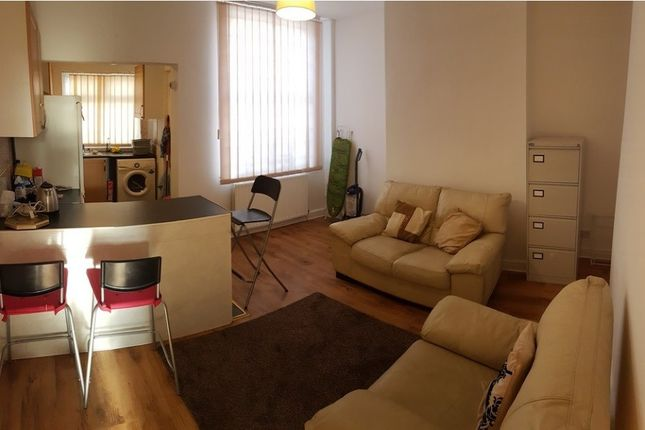 Thumbnail Terraced house to rent in Lowestoft, Rusholme, Manchester