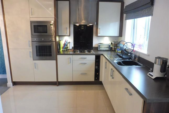 Thumbnail Town house to rent in Bartley Wilson Way, Cardiff