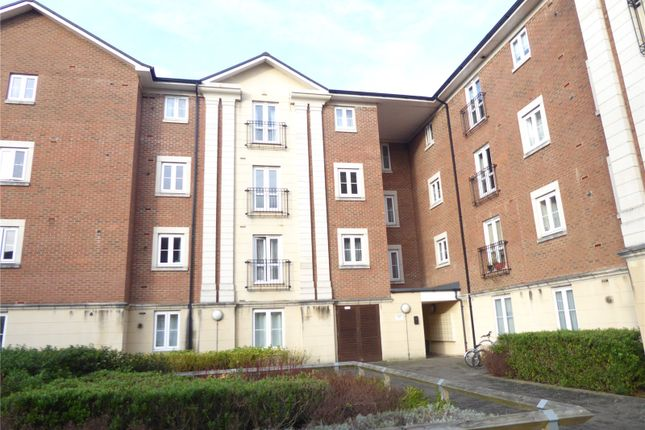 Picture No. 08 of Brunel Crescent, Swindon, Wiltshire SN2