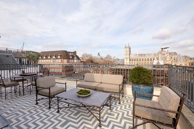 Thumbnail Duplex to rent in Apartment Great Peter Street, London