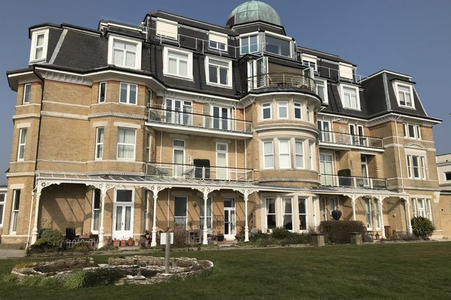1 bed flat for sale in Flat 32A, Tollard Court, West Hill Road, Bournemouth, Dorset BH2