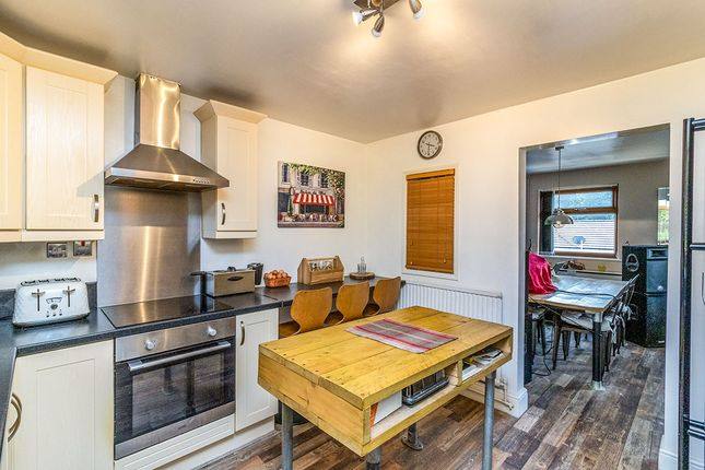 Kitchen of Roscoe Drive, Sheffield, South Yorkshire S6