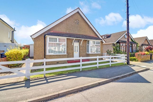 Thumbnail Bungalow for sale in St. Pauls Road, Staines