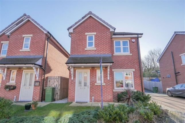 3 bed detached house for sale in Bell Wood Court, Pudsey LS28