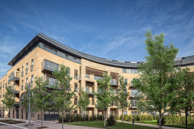 Thumbnail Flat for sale in Royal Cresent, Stanmore Place, London