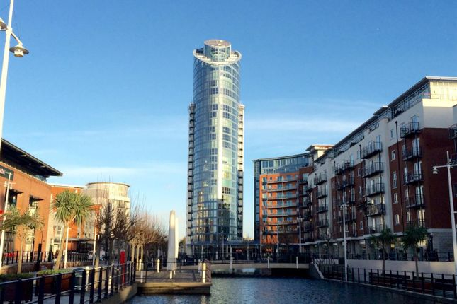 Thumbnail Flat for sale in No 1 Building, Gunwharf Quays, Portsmouth
