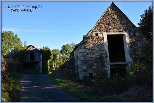 Barn conversion for sale in Auvergne, Puy-De-Dôme, La Bourboule