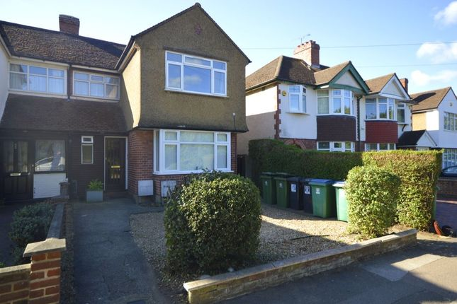 Thumbnail Flat for sale in North Approach, Watford