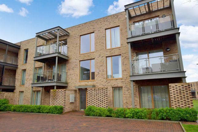 Thumbnail Flat for sale in Austin Drive, Trumpington, Cambridge