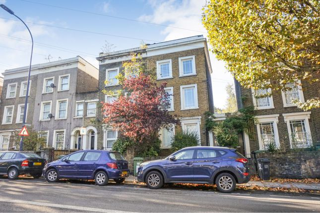 Thumbnail Terraced house for sale in Amersham Road, London