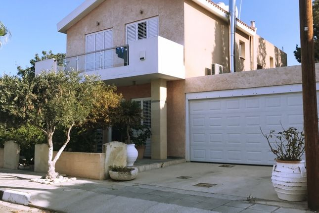 Thumbnail Villa for sale in Mesoghi, Paphos, Cyprus