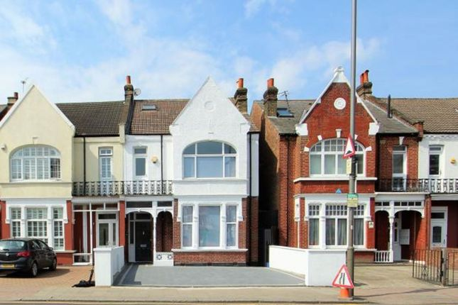Thumbnail Detached house to rent in Mitcham Lane, Streatham