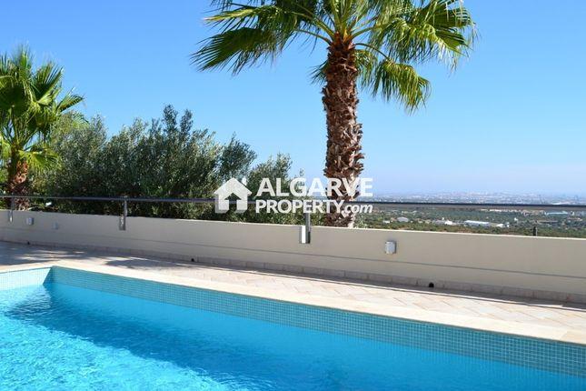 4 bed villa for sale in Sta Barbara De Nexe, Santa Bárbara De Nexe, Faro Algarve