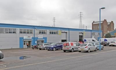 Thumbnail Light industrial to let in The Io Centre, River Road, Barking, Greater London